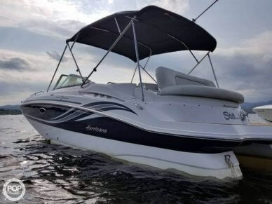 Hurricane Sundeck 2400, 24', for sale - $42,900