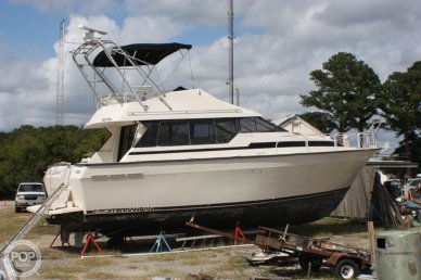 Mainship 35 Mediterranean, 35, for sale - $9,500