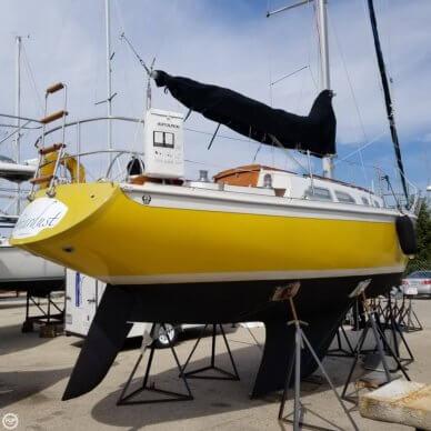 Ericson Yachts 32-2, 32', for sale - $15,000