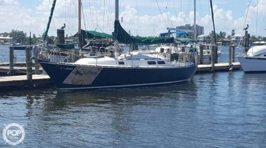 C & C Yachts 35-2, 35', for sale
