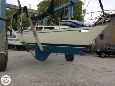 S2 Yachts S2 9.2/30, 29', for sale - $10,750