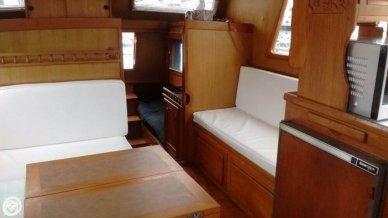 1981 CHB 34 Double Cabin - #9