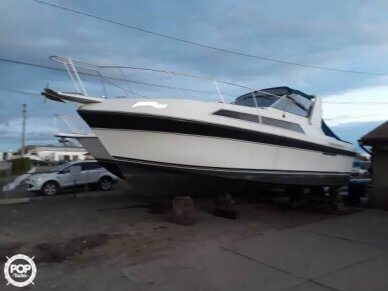 Carver 3257 Montego Double Cabin, 35', for sale - $25,250