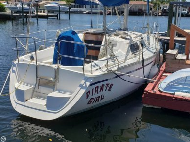 Hunter 28, 28', for sale - $11,000