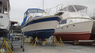 Chris-Craft 350 Catalina, 35', for sale - $17,250
