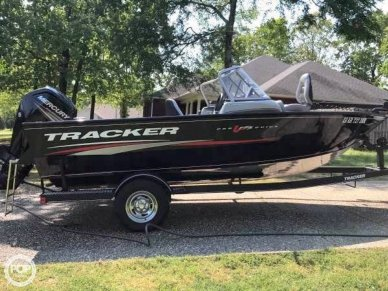 Tracker 18, 18', for sale - $32,200