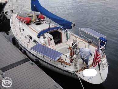 Ericson Yachts 32-3, 32', for sale - $27,800