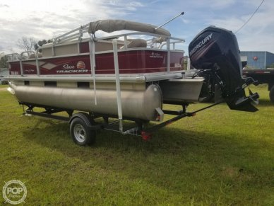 Sun Tracker Bass Buggy 18 DLX, 18, for sale - $22,250