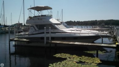 Cruisers Chateau Vee 338, 338, for sale