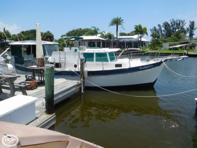 Fales 32, 32, for sale - $24,750