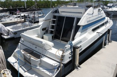 Carver 3067 Santego, 33', for sale - $15,000