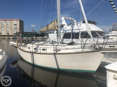 Island Packet 31, 31, for sale - $43,500