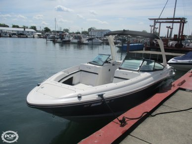 Sea Ray 250 SLX, 26', for sale - $87,900