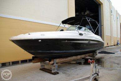 Sea Ray 240 Sundeck, 26', for sale - $24,500