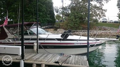 Wellcraft 3200 St. Tropez, 31', for sale - $22,750