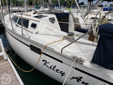 Hunter 33.5, 33', for sale - $42,800