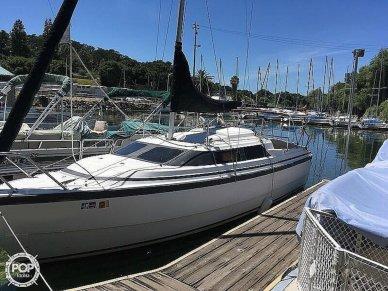 MacGregor 26X, 25', for sale - $14,000