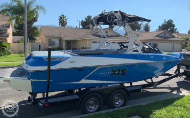 Axis T22, 21', for sale - $64,500