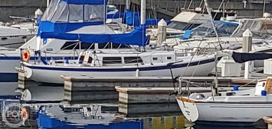 Jensen Cal 34, 33', for sale - $20,750