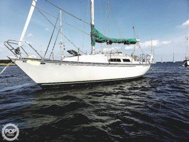 C & C Yachts 32, 32, for sale - $18,500