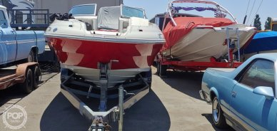 Sea Ray 240 Sundeck, 26', for sale - $27,000