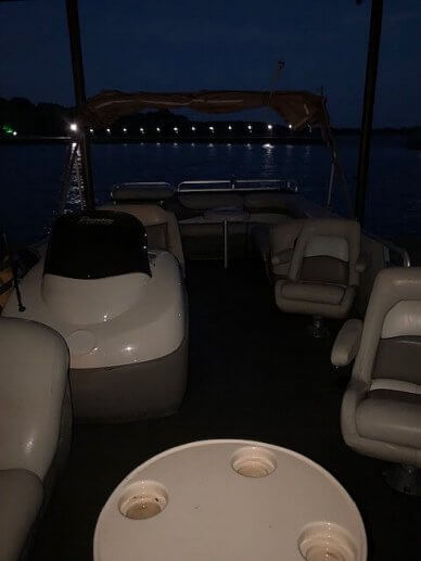 Sun Tracker 27 Party Barge, 27, for sale - $25,800