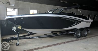 Glastron GT 225 BR, 21', for sale - $44,500