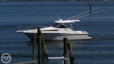 Wellcraft 330 Coastal, 330, for sale - $38,750