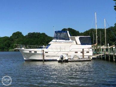 Nova Marine Sundeck 42, 42, for sale