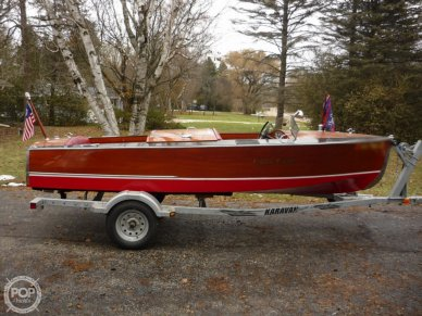 Chris-Craft Model 300 Deluxe Runabout, 300, for sale