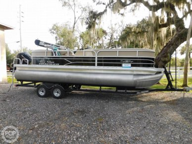 Sun Tracker 22 DLX Party Barge RF, 22, for sale - $26,800