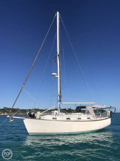 Island Packet 31, 31, for sale - $48,900