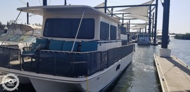 Holiday 36, 36, for sale - $24,900