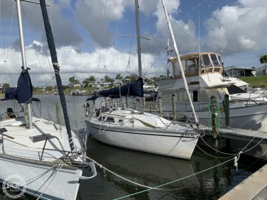 Hunter 28, 28, for sale - $15,000