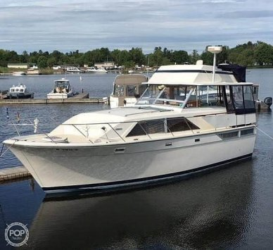 Pacemaker Tri cabin, 40', for sale - $98,900