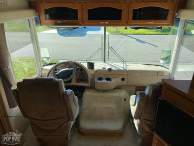 Nice Cab Area With Shades