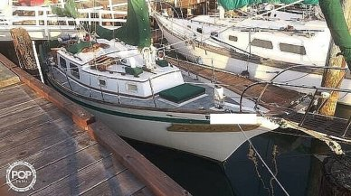 Mariner 32, 32, for sale - $20,000
