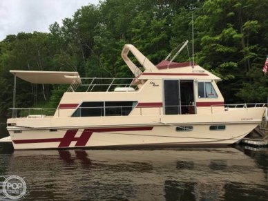 Holiday 38, 38, for sale