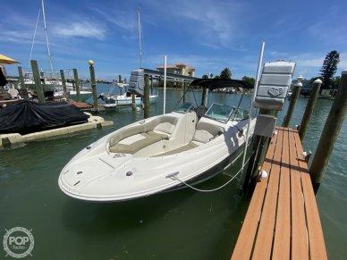 Sea Ray 240 Sundeck, 240, for sale - $27,900