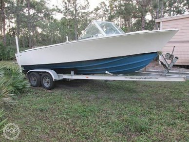 Bertram Moppie, 20', for sale - $12,750