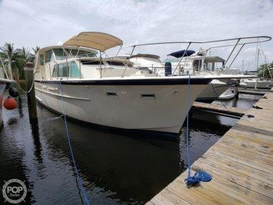 Hatteras 44 Tri - cabin, 44, for sale - $74,000