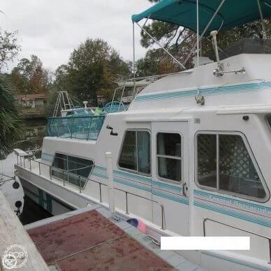 Holiday Coastal Barracuda 38, 38, for sale - $39,000