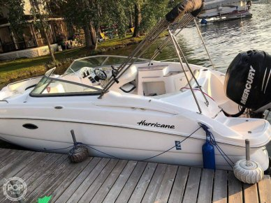 Hurricane 2400 Sundeck, 2400, for sale - $18,250