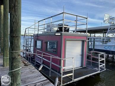 Starcraft Ice Cream Boat, 24', for sale - $219,000