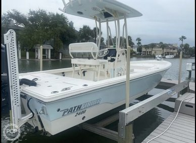 Pathfinder 2400 TRS/CC, 2400, for sale - $73,990