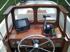 Mahogany Helm Station With Pinpoint GPS
