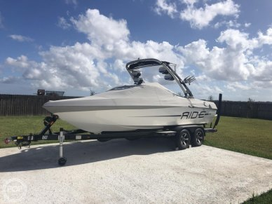 Malibu 21 vRide, 21, for sale