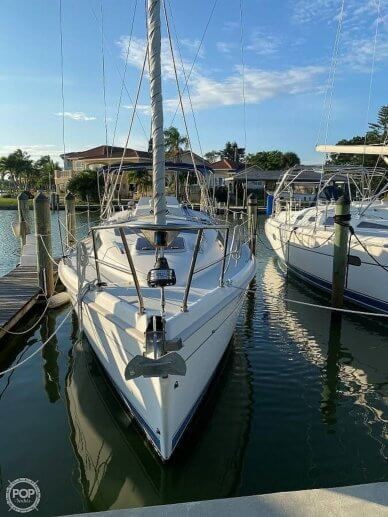 Hunter 320, 320, for sale - $43,900