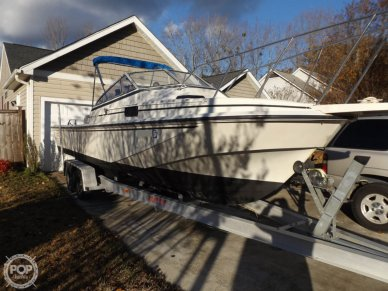 Boston Whaler 25 revenge wt, 25, for sale - $15,750