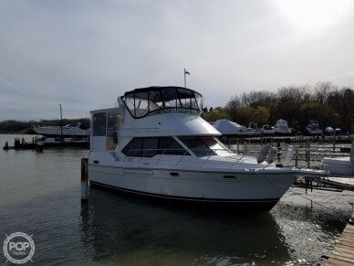 Bayliner 3587 Aft Cabin, 3587, for sale in Wisconsin - $49,000